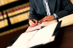 Ein Anwalt für Arbeitsrecht in Garching vertritt Mandanten bei allen Fragen rund um ein Arbeitsverhältnis.