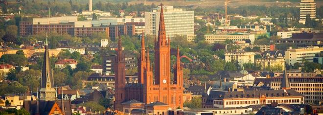 Anwalt für Arbeitsrecht in Wiesbaden gesucht? Wertvolle Tipps erhalten Sie hier.
