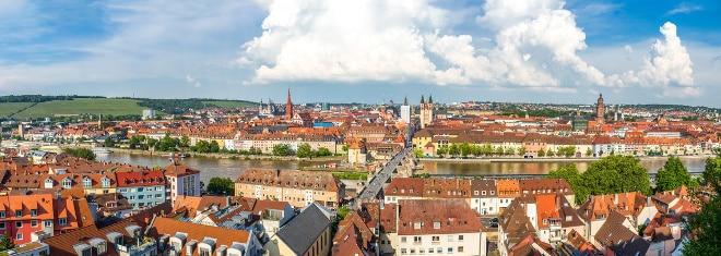 Sind Sie auf der Suche nach einem Anwalt für Arbeitsrecht in Würzburg, erhalten Sie hier wertvolle Tipps.