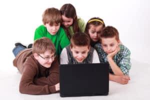 Die Gewerkschaft Erziehung und Wissenschaft (GEW) setzt sich für eine bessere Bildungspolitik in Deutschland ein.