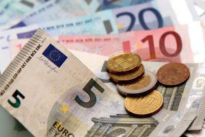 In den meisten Tarifverträgen, welche die IG BAU aushandelt, ist eine Lohntabelle zu finden.