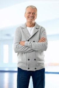 Gilt ein besondere Kündigungsschutz ab 60? Bei einer bestimmten Betriebszugehörigkeit kann eine höhere Abfindung erstritten werden.