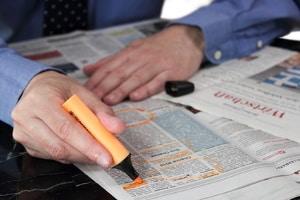 Arbeitsvertrag für Ausländer: Ein gewisses Sprachniveau ist häufig eine der Voraussetzungen, um einen Job zu ergattern.