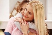 Ein Aufhebungsvertrag nach der Elternzeit kann Vorteile mit sich bringen. Mehr in unserem Ratgeber.