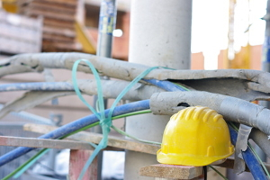 Ein Arbeitsvertrag ist im Baugewerbe für Angestellte ebenso wichtig wie in anderen Branchen.