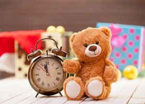 Bei der Elternzeit ist eine Aufteilung der Monate unter den Eltern möglich.