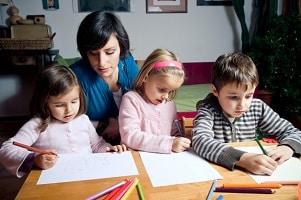 Elternzeit: Bei der Rückkehr in den alten Job können Sie evtl. Ihre Arbeitszeit reduzieren.