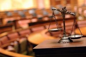 Die Einführung von Schichtarbeit ist laut Arbeitsrecht im Arbeits- oder Tarifvertrag definiert.