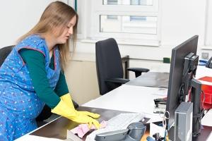 Zu den Aufgaben des Arbeitgebers gehört u. a. eine Gefährdungsbeurteilung, um den Mutterschutz zu gewährleisten.