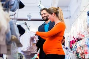 Frauen können den Beginn vom Mutterschutz selbst berechnen, sobald ihnen der Geburtstermin bekannt ist.