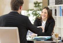 Tipps für ein Vorstellungsgespräch können Ihnen bei der Vorbereitung helfen.
