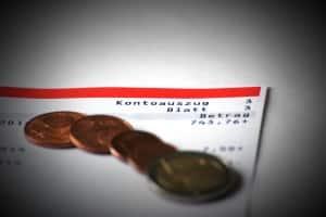 Bezahlung bei Heimarbeit: Der Verdienst wird ebenfalls im HAG geregelt.
