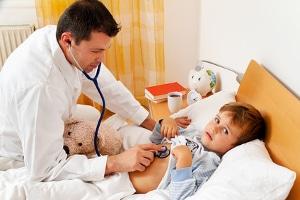 Krankengeld: Eine Auszahlung erhalten Sie auch, wenn Ihr Kind erkrankt ist.