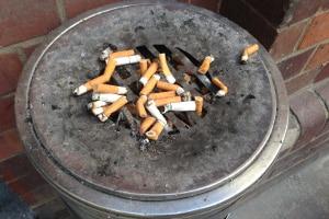 Beinhaltet das Arbeitszeitgesetz Vorschriften zur Raucherpause?