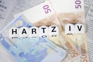 Erfüllen Sie bestimmte Voraussetzungen, können Sie Hartz-4-Leistungen vom Jobcenter bei einer vorliegenden Arbeitslosigkeit beziehen.